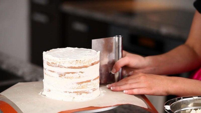 Naked Cake selber backen Anleitung