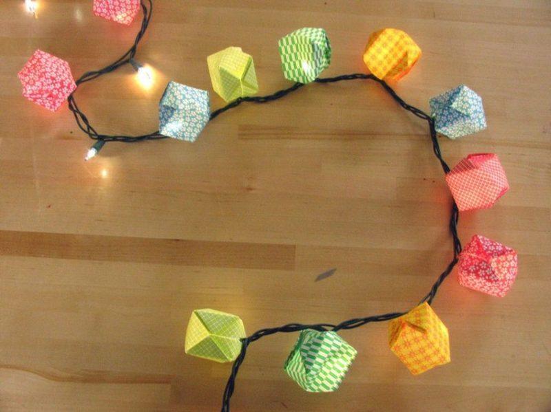 Origami Weihnachten Schachteln aus buntem Papier