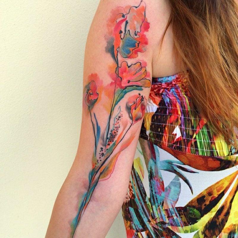 3d Tattoos Frau Wasserfarben Oberarm