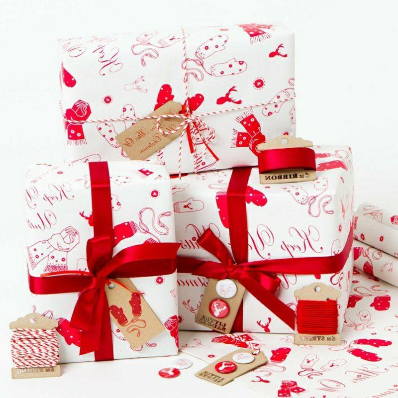 Geschenke verpacken Weihnachten herrlicher Look