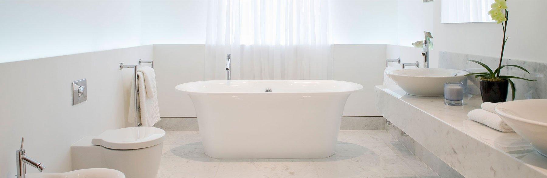 Der Marmorputz eignet sich perfekt für ein fugenloses Bad!