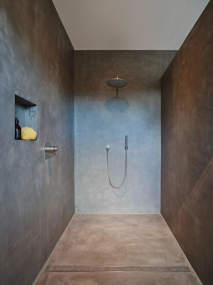 Eine Dusche ohne Fliesen
