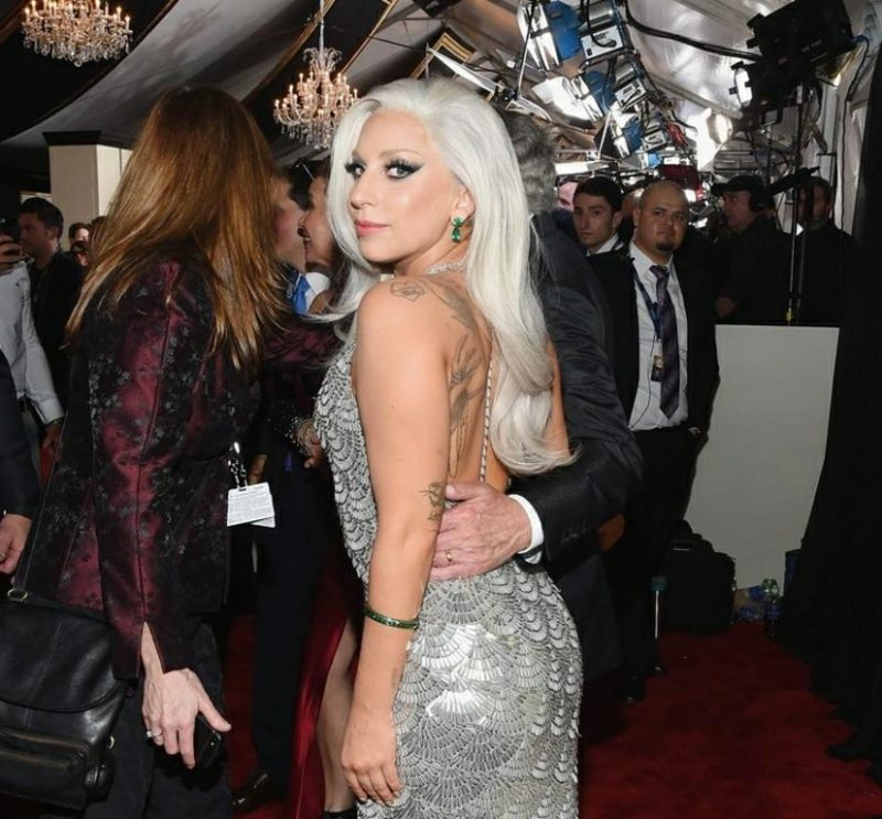 weiße Haare Lady Gaga