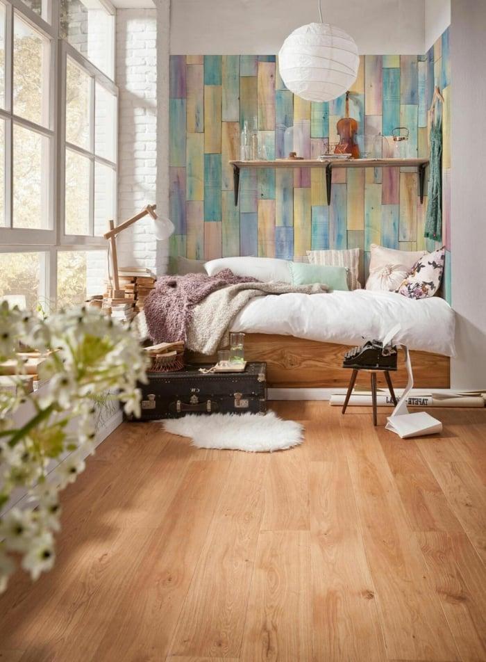 Tapeten im Holzdesign, Holztapeten im Schlafzimmer, rustikale Gemütlichkeit zu Hause