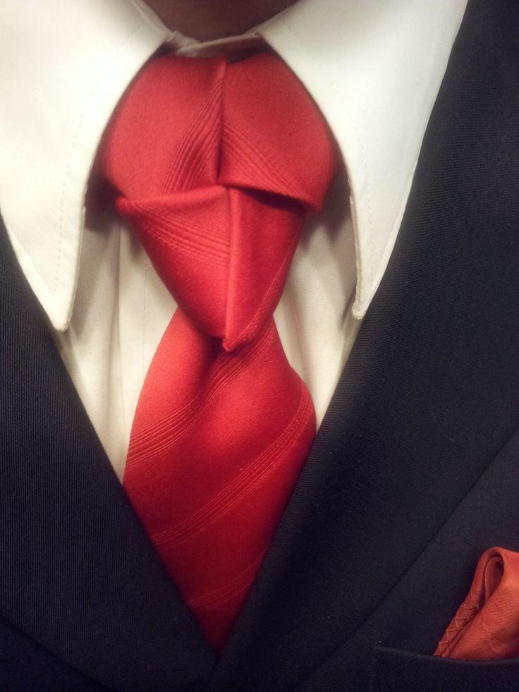 Spektakuläre Krawattenknoten und Anleitungen