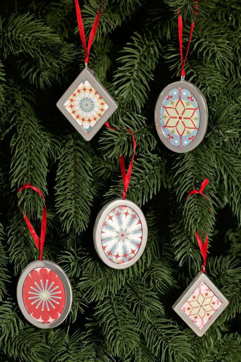 Christbaumschmuck mit Vintage Style Ornaments