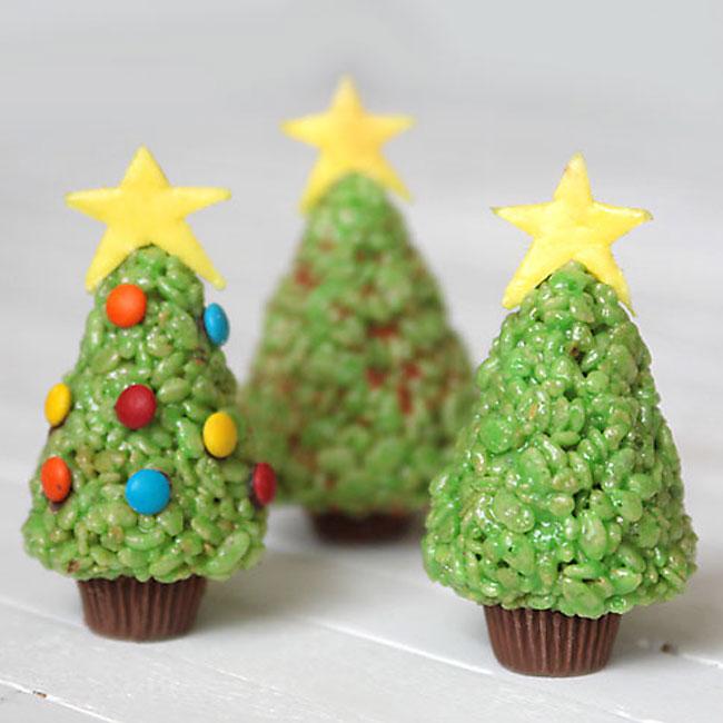 Weihnachtsbasteln mit Kindern - Weihnachtsbaum selber bauen