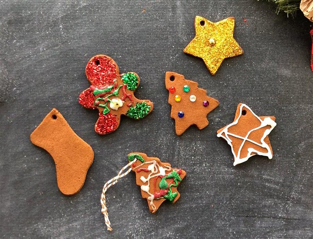 Weihnachtsbasteln mit Kindern- Christbaumschmuck aus Zimt