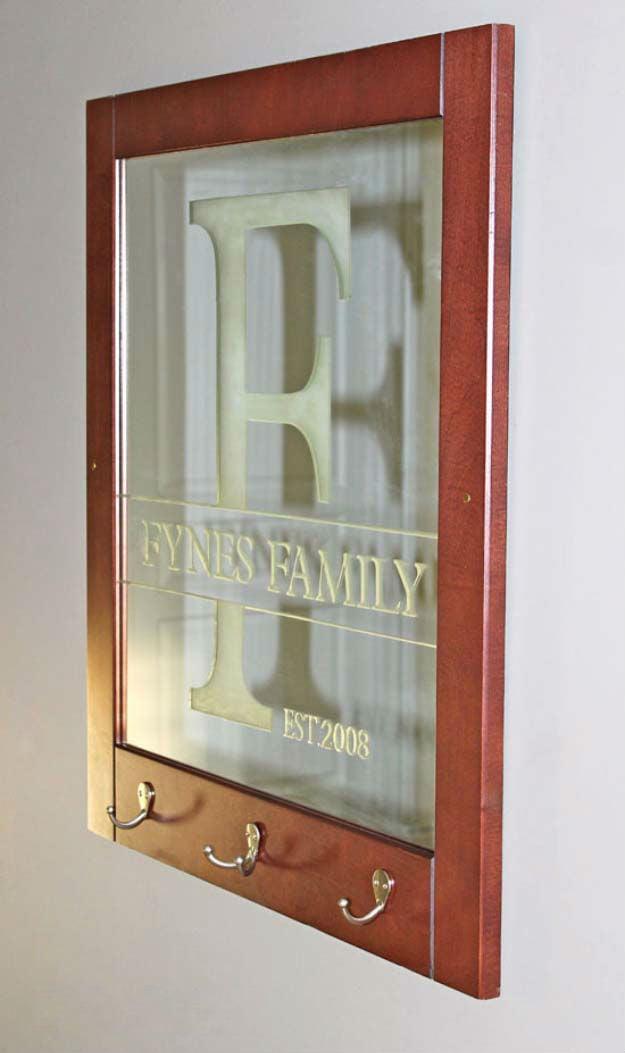 Family Sign - 1 von den 101+ tollen Ideen für Weihnachtsgeschenke für Eltern