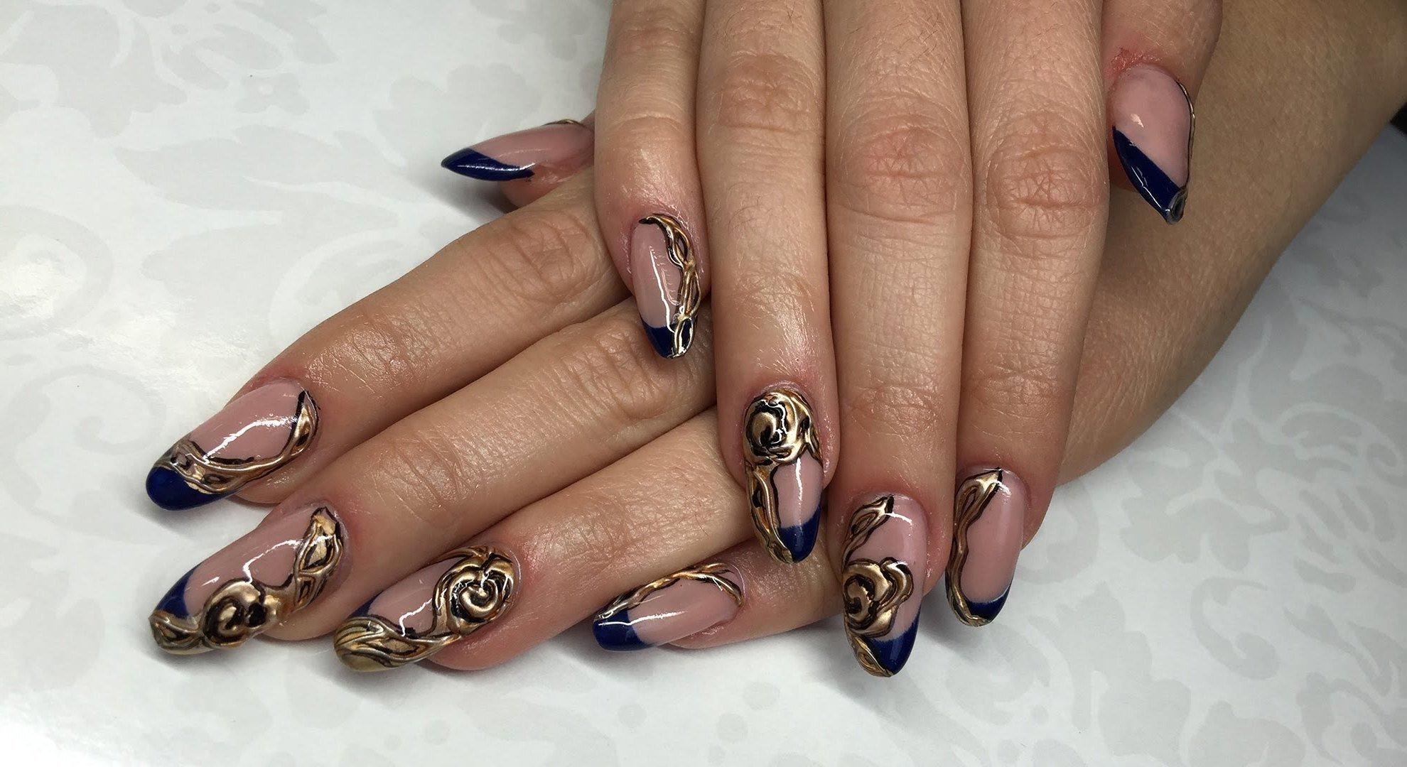 Königsblau mit Gold - eine edle Kombination