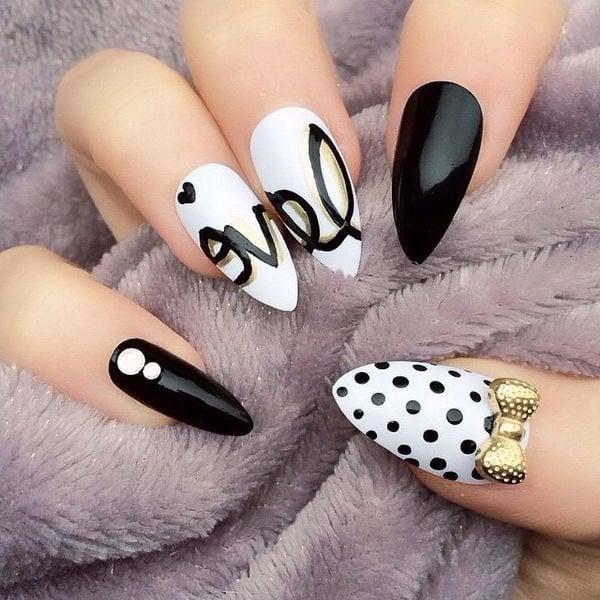 Schwarz-weiße Nägel