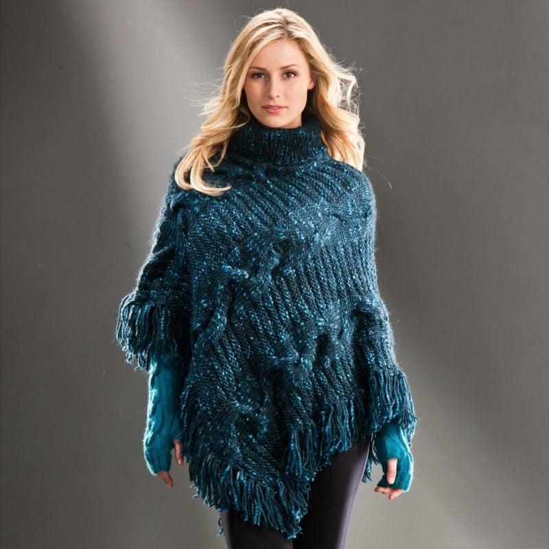Poncho selber stricken aus Wolle Winter