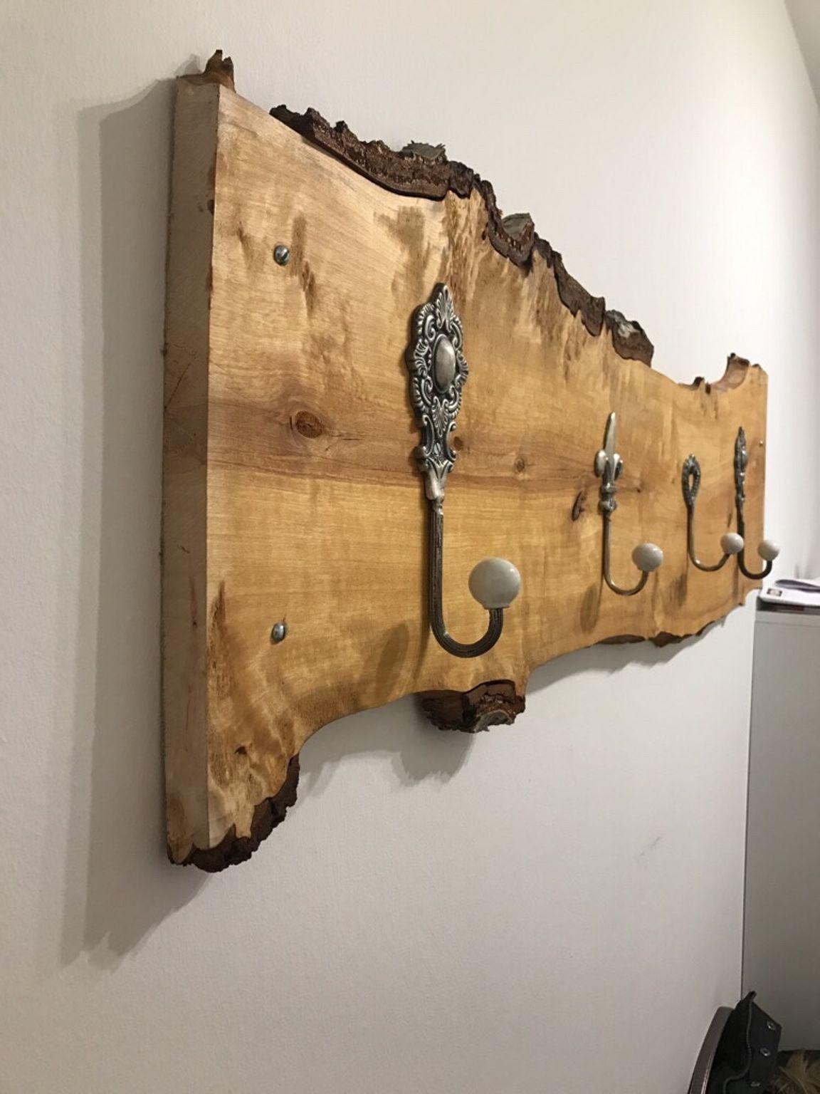 Holzgarderobe - ein echter Hingucker