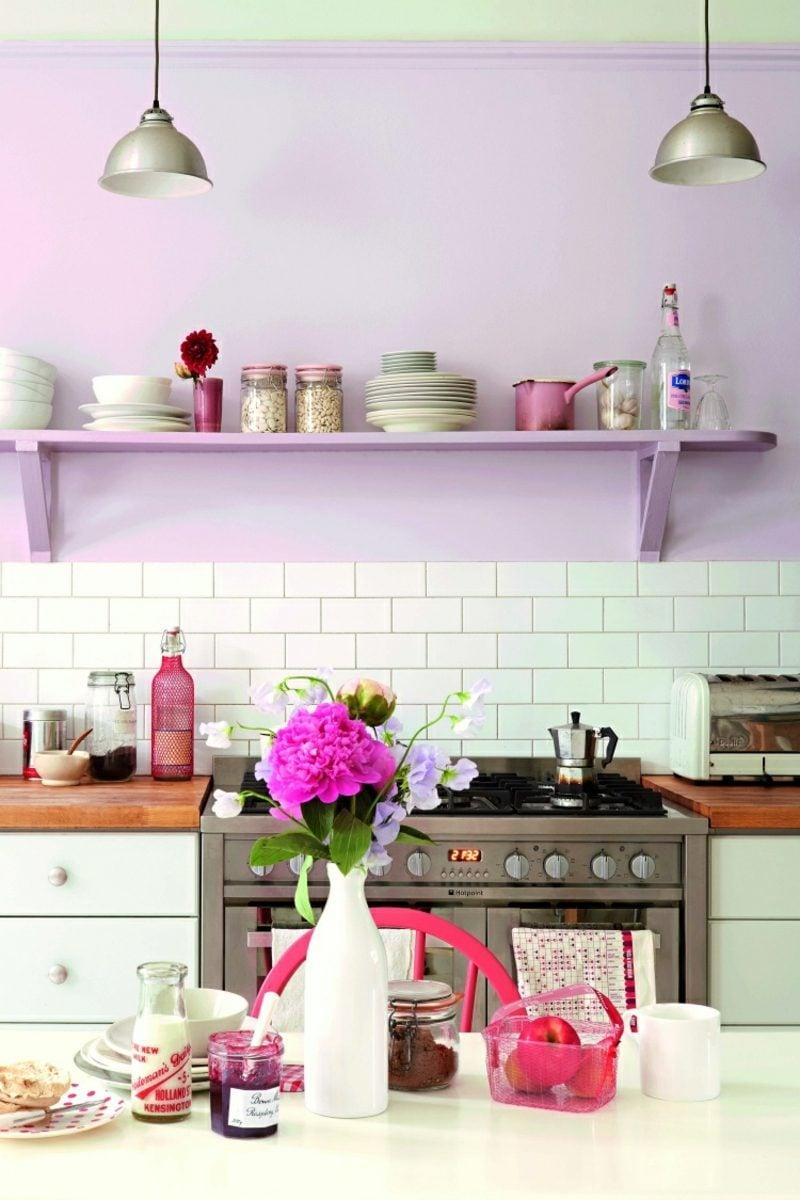Wand streichen Muster Küche Pastellfarben