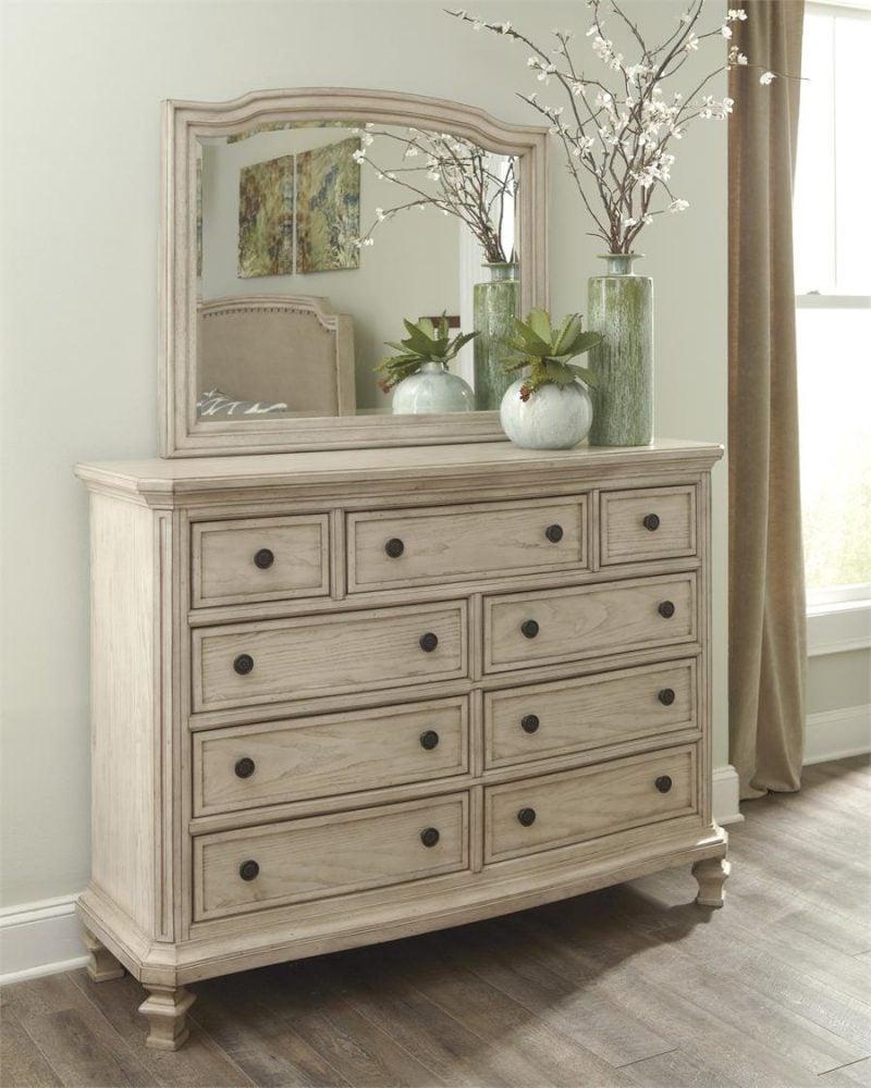 Vintage Möbel selber machen Spiegelschrank Cremefarbe Kommode Vintage
