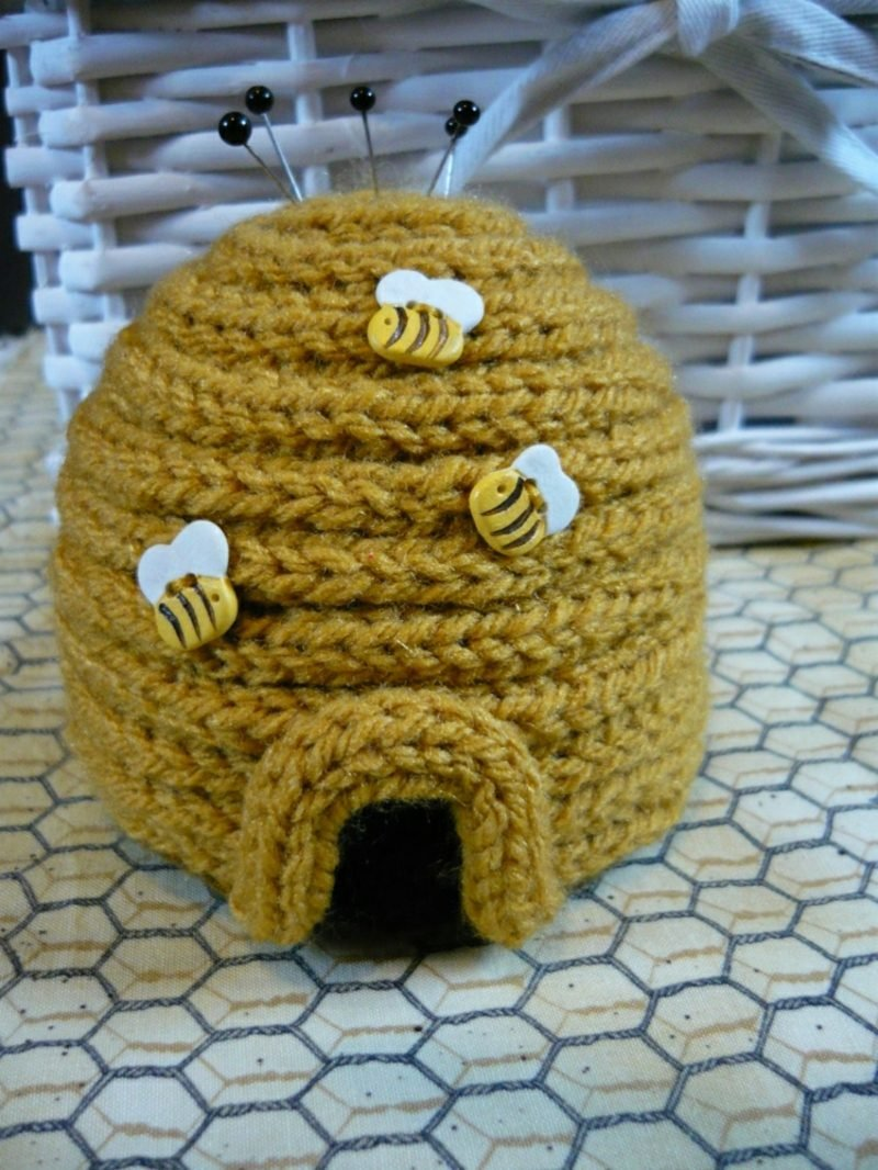 Strickliesel Bastelprojekte Nadelkissen Bienenkorb