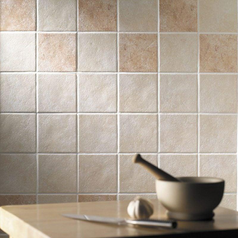 Wandfliesen überkleben das bad und die küche effektvoll renovieren fliesen überkleben