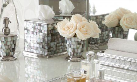 Lesen Sie unsere 3 goldene Tipps für Badezimmer Deko, weil es nichts Schöneres gibt als sich Wellness in ihrem prachtvollen Bad zu gönnen!