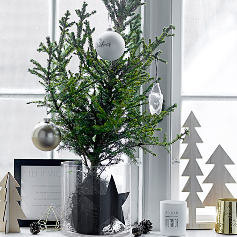 fensterdeko h ngend oder stehend tolle ideen f r weihnachten weihnachtsdeko ideen zenideen. Black Bedroom Furniture Sets. Home Design Ideas