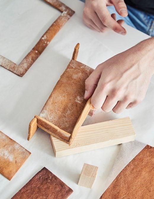 Schaffen Sie ein modernes Wohnzimmer aus Lebkuchen