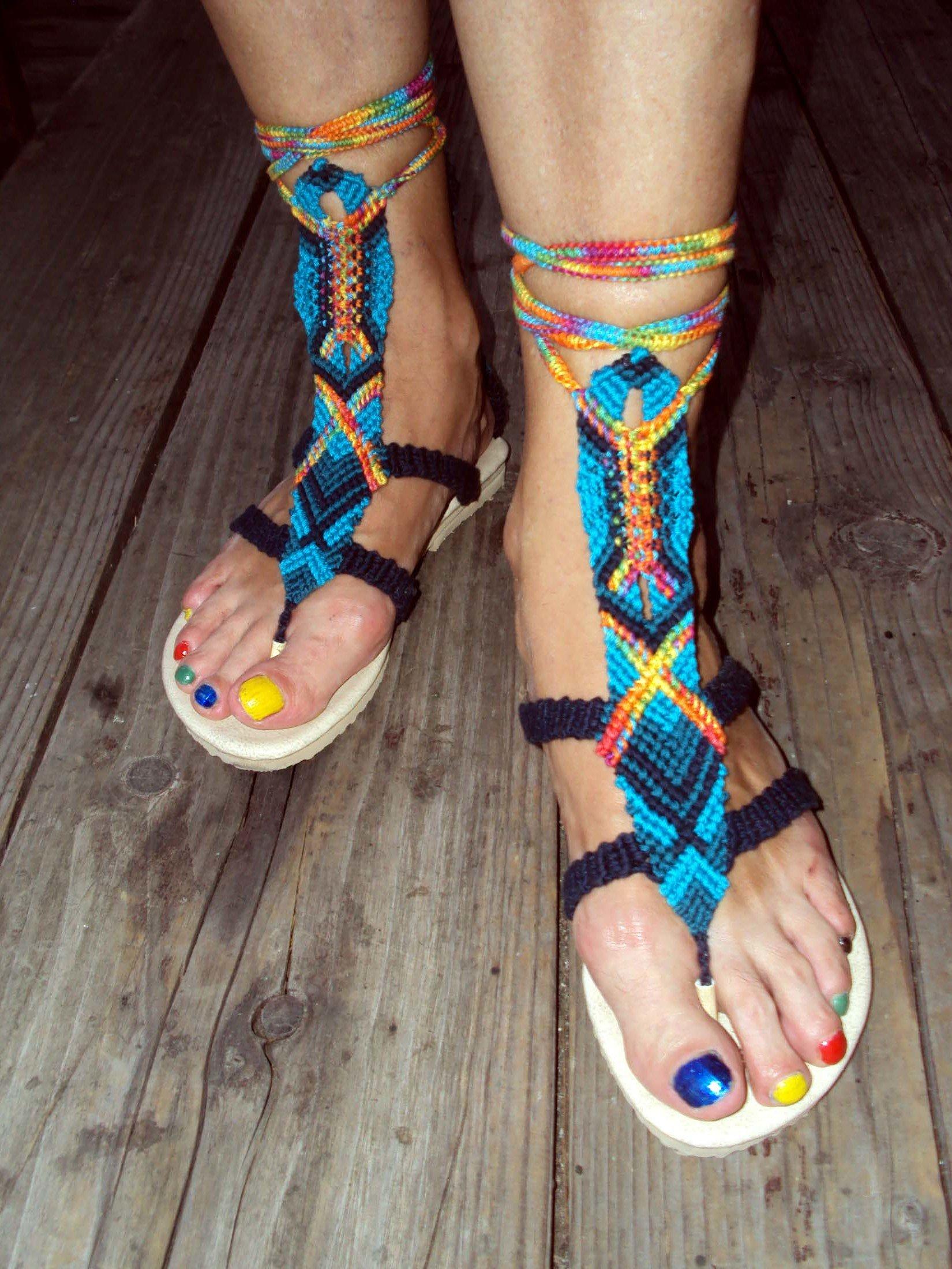 Selbstgeknüpfte Sandalen sind ein echter Hingucker
