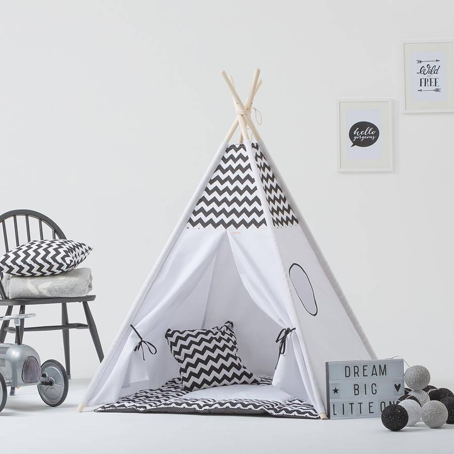 Nähideen für Anfänger - lernen Sie hier, wie ein Tipi Zelt selber zu nähen.