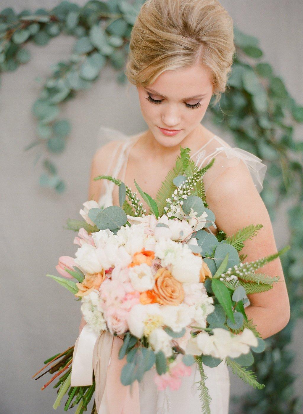 Die aktuellen Tendenzen beim Hochzeit-Dekorieren zeigen, dass die aktuellen Farben und Nuancen für 2018 die Pastellfarben wieder bleiben