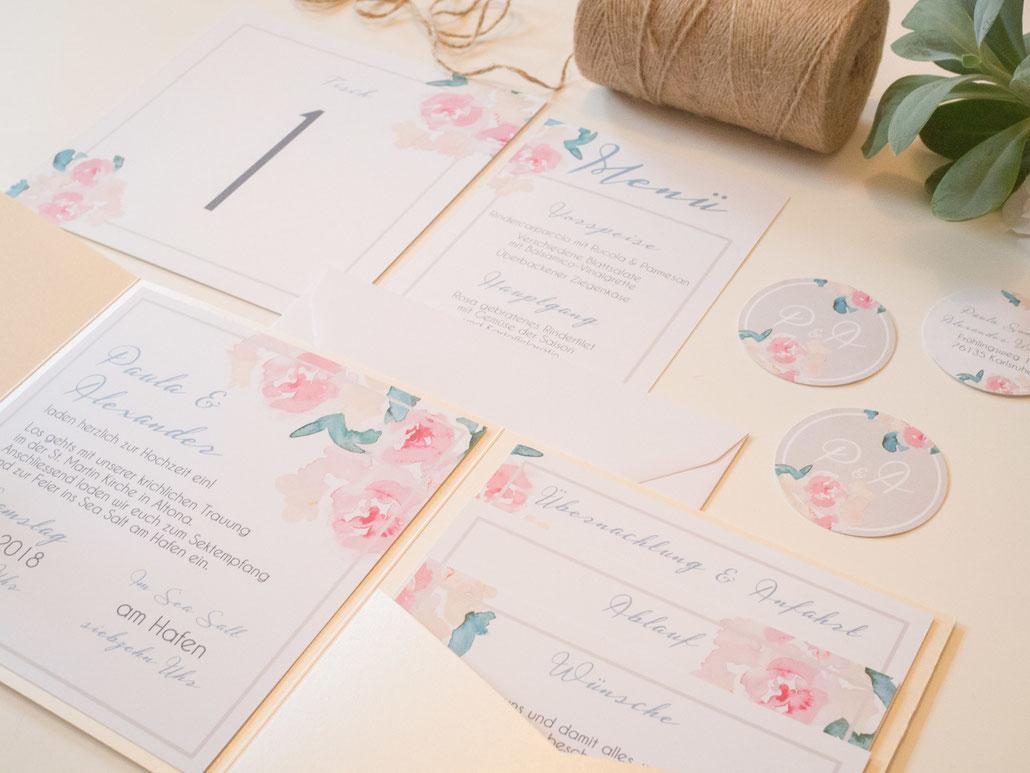 Die Pastellfarben sind die beste Idee für die Hochzeit-Einladungen
