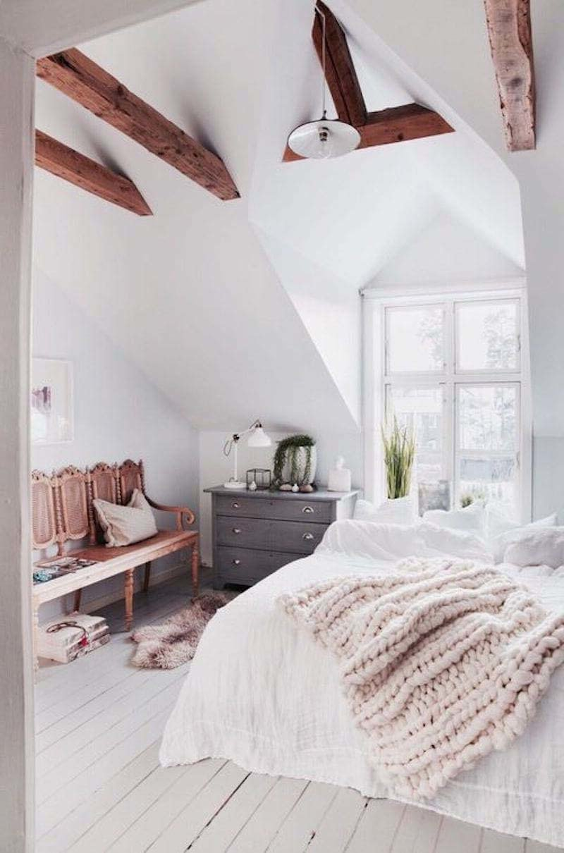 Schlafzimmer modern mit Fell gestalten: 31 Ideen für ein Cosy Home ...
