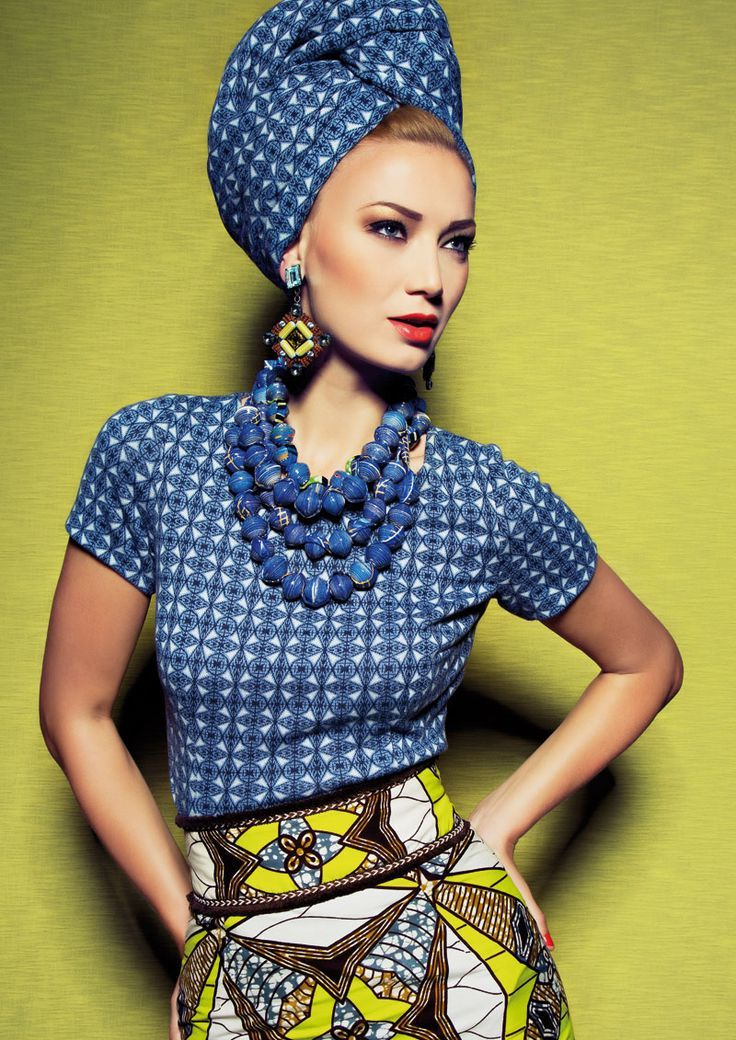 Der Turban schafft den perfekten Party-Look