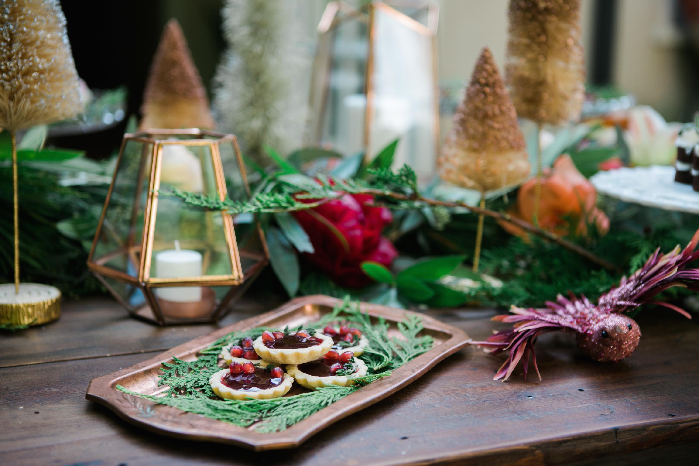 Weihnachtliche Tischdeko - Weihnachtstafel decken