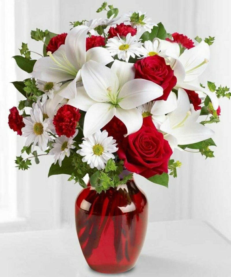 Blumenarten Valentinstag rote Rosen Lilien
