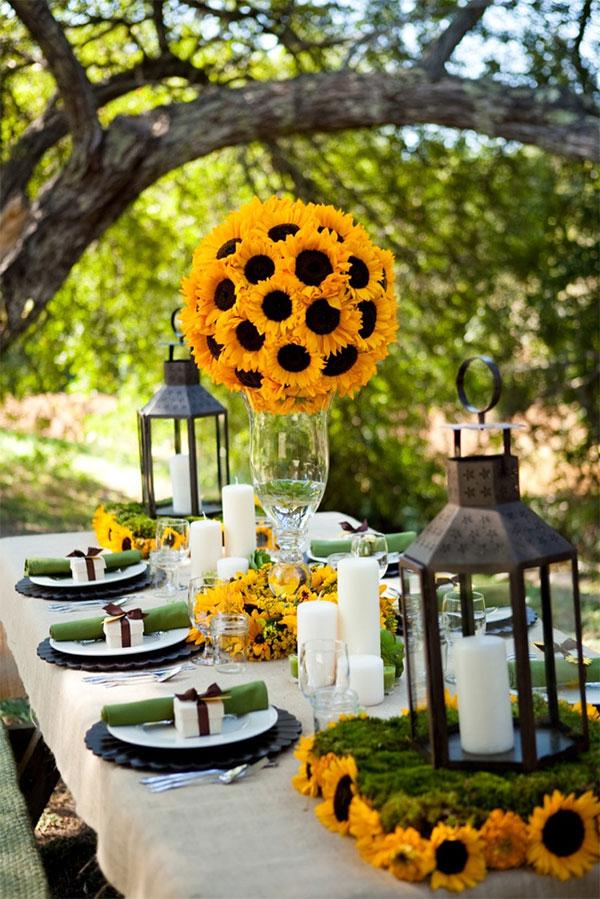 Sonnige Dekoration mit Sonnenblumen