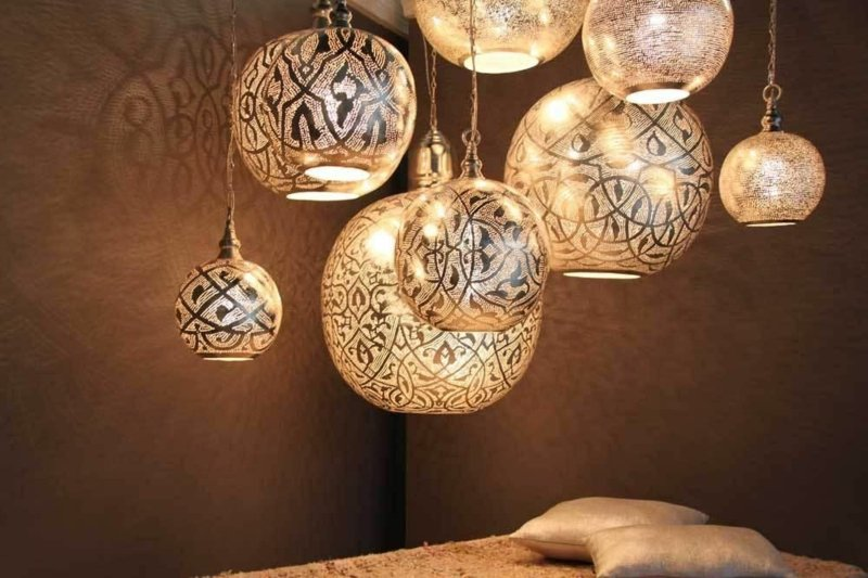 orientalische Lampen ins moderne Interieur integrieren