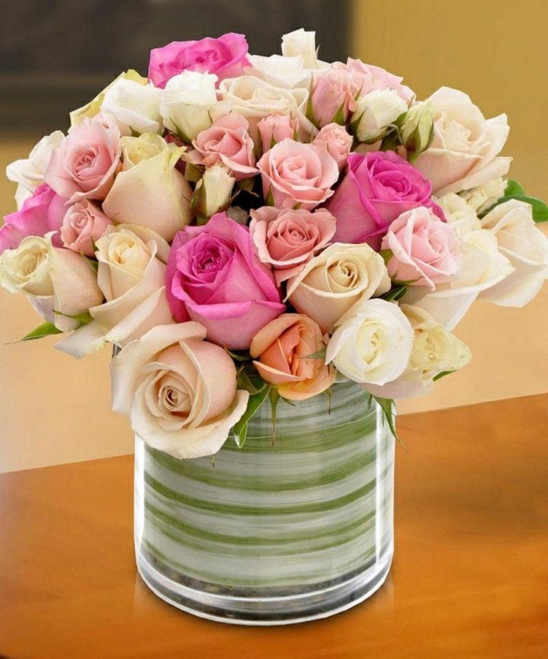 Blumenarten Rosenstrauss gemischt Valentinstag