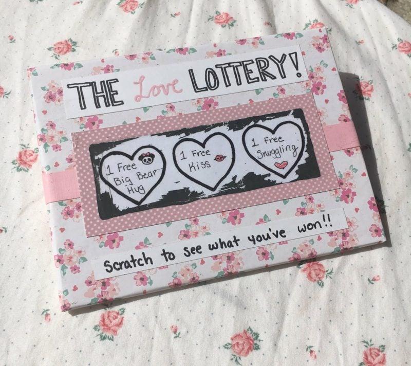 Valentinstag Geschenke selber machen originelle Rubbelkarte basteln