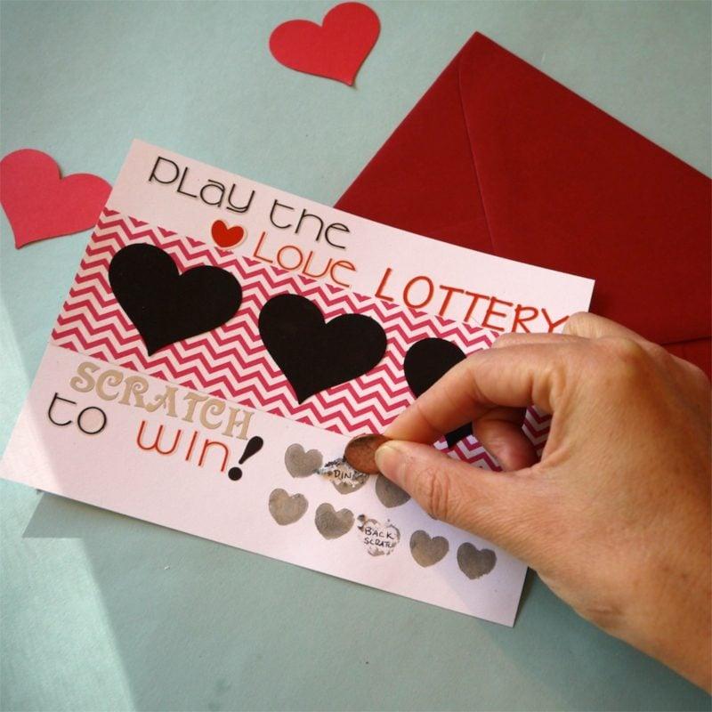 Valentinstag Geschenke selber machen Rubbelkarte Bastelanleitung