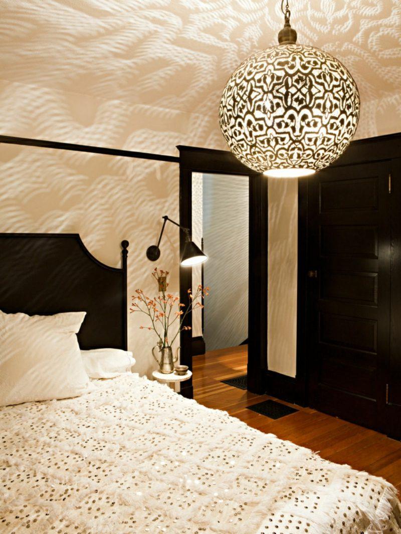 orientalische Lampen Schlafzimmer runde Lampe Lichterspiele