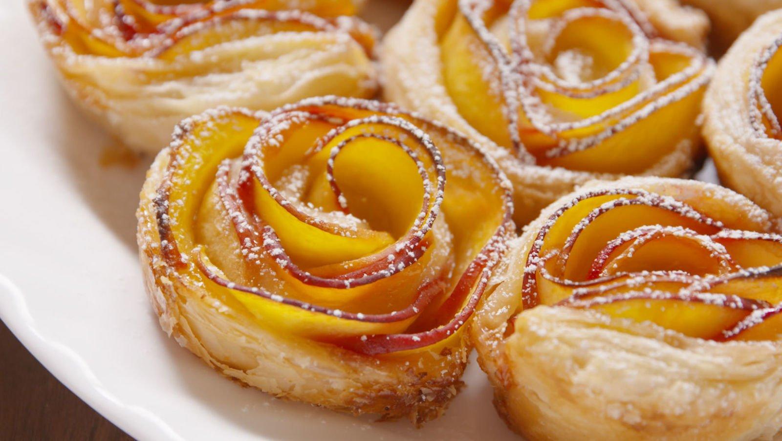Apfelröschen aus Blätterteig