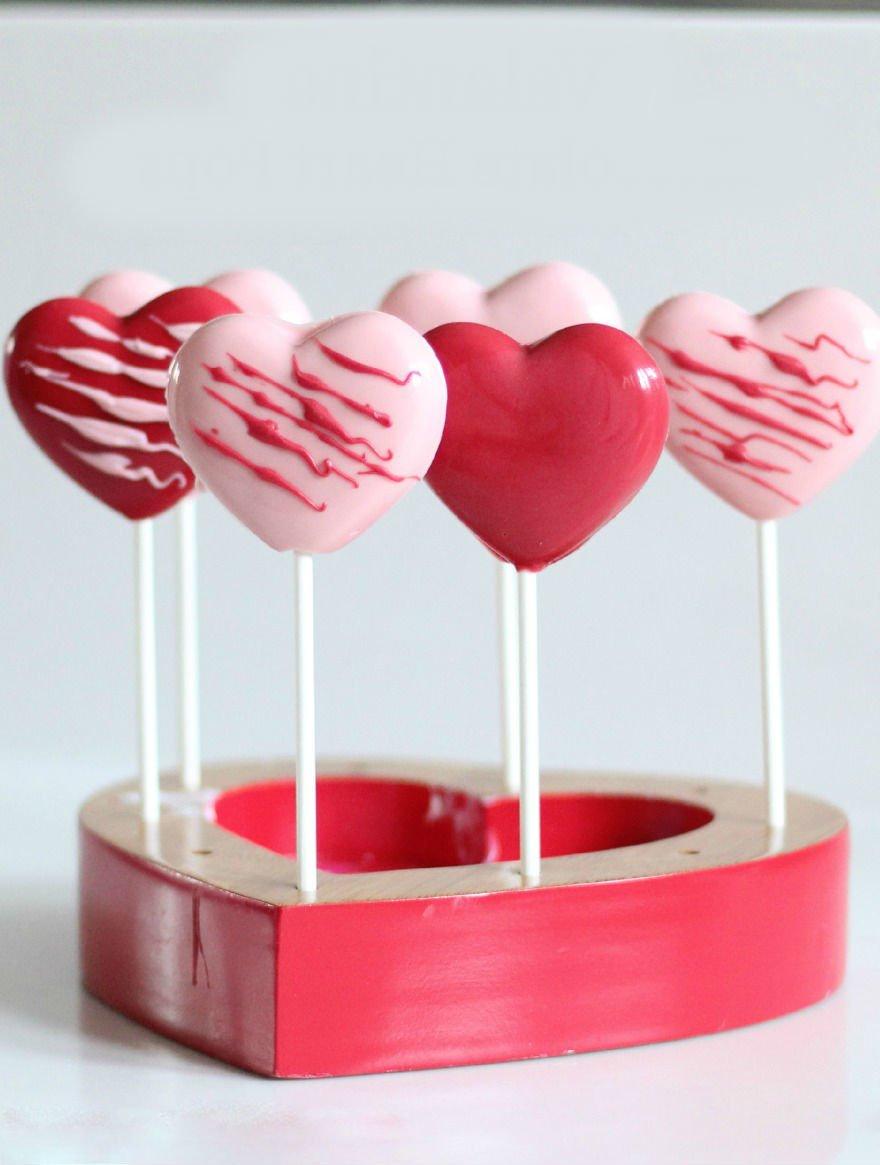 Überraschen Sie Ihre Hälfte im Leben mit diesen herrlichen Herz-Lutscher