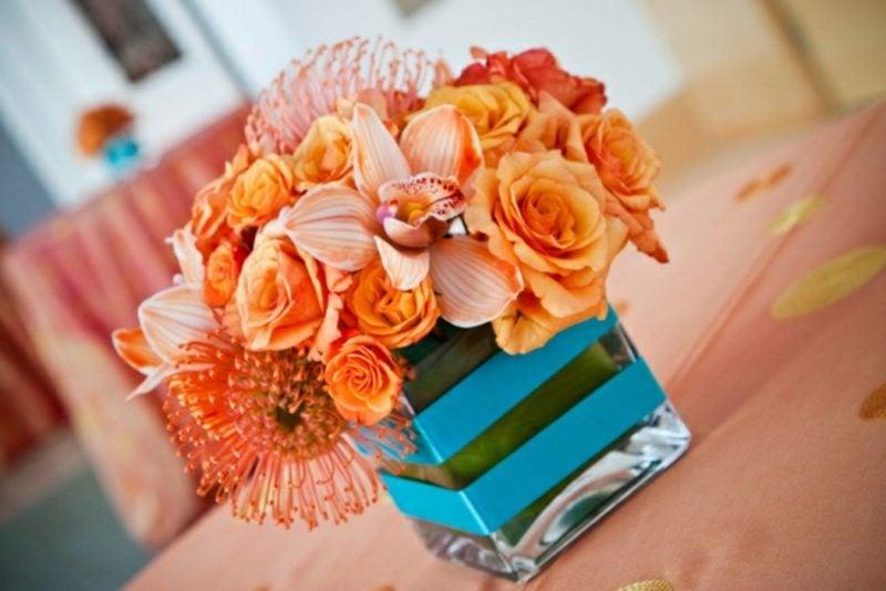 Blumenarten orangefarbene Rosen Valentinstag