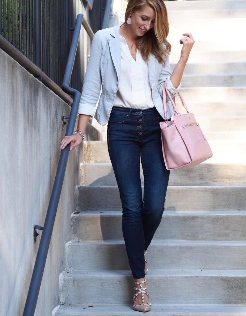 Damen Mode - Tragen Sie einen Smart Casual Outfit auf die Straßen