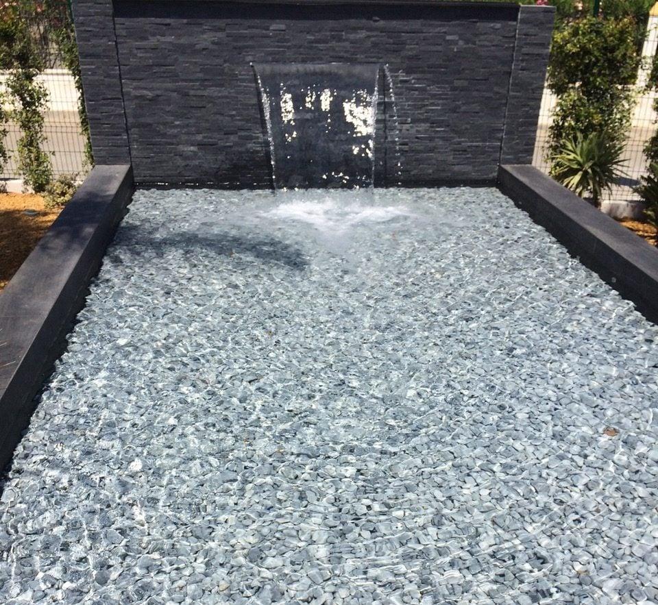 Bringen Sie Dynamik in Ihrem Traumgarten mit einem Springbrunnen