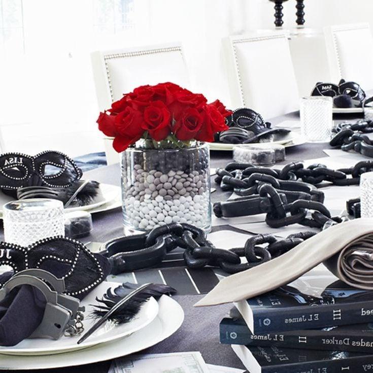 """Die Spielzeuge, die von """"50 Schades of Grey"""" geprägt sind, sind ein Tabu für Valentinstag Geschenke"""