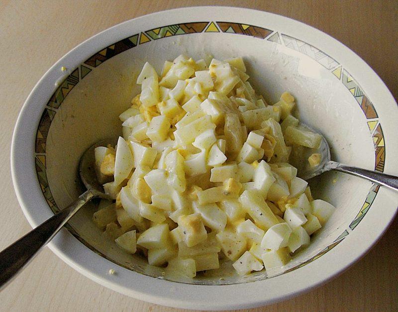 Eiersalat mit Dressing ohne Mayonaisse