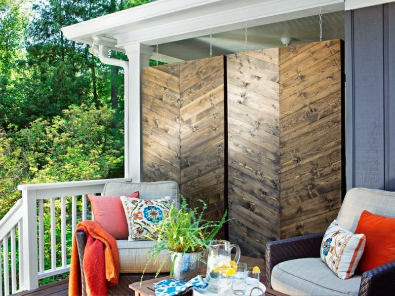 Sichtschutz Garten modern Holzpaneelen
