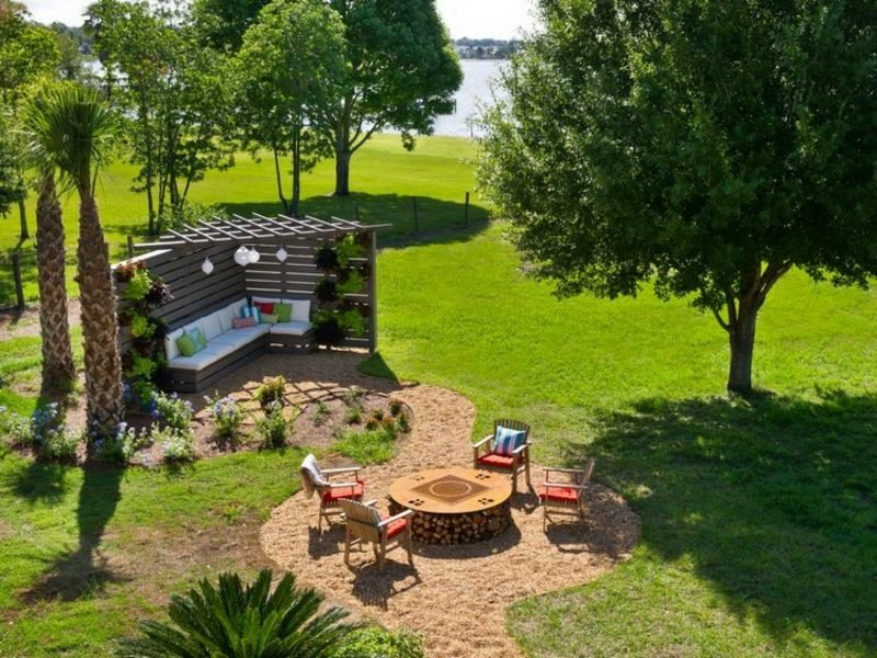 Sichtschutz garten die besten ideen f r ihren au enbereich for Gartengestaltung sitzecke sichtschutz