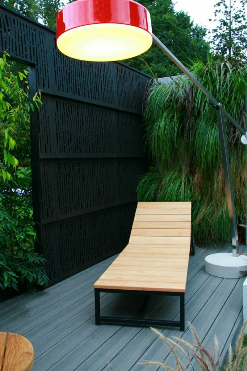 Sichtschutz Garten hoher Zaun Bambus
