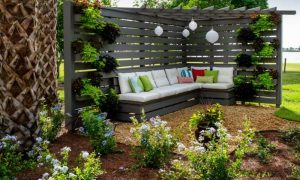 Sichtschutz Garten Pergola Sitzecke tolle Ideen