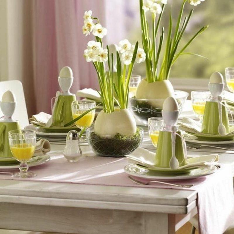 Osterdekoration Tisch festlich